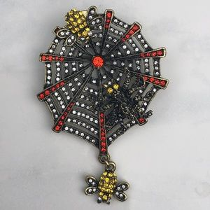 Heidi Daus Along Came A Spider brooch pin NWT